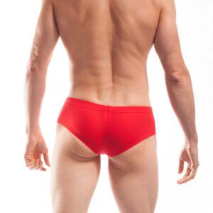 BEUN BASIC Hipster, Pants, Shorts, Unterhose, vulcano, rot. ACHTUNG! Heiß. Dieser Beach & Underwear Basic Hipster in Vulcano Rot ist der Große Auftritt am Strand und so unglaublich bequem als Unterhose. Denn durch die leichte beste-fit-Hebefunktion im Schritt sitzt alles am rechten Fleck, klemmt und drückt nicht und sieht einfach verführerisch aus. Leicht transparent, matt, hauch dünn, schnell trocknend, kaum zu spüren und eine wunderbar nostalgische Hommage für alle Bay Watch Fans. WOJOER