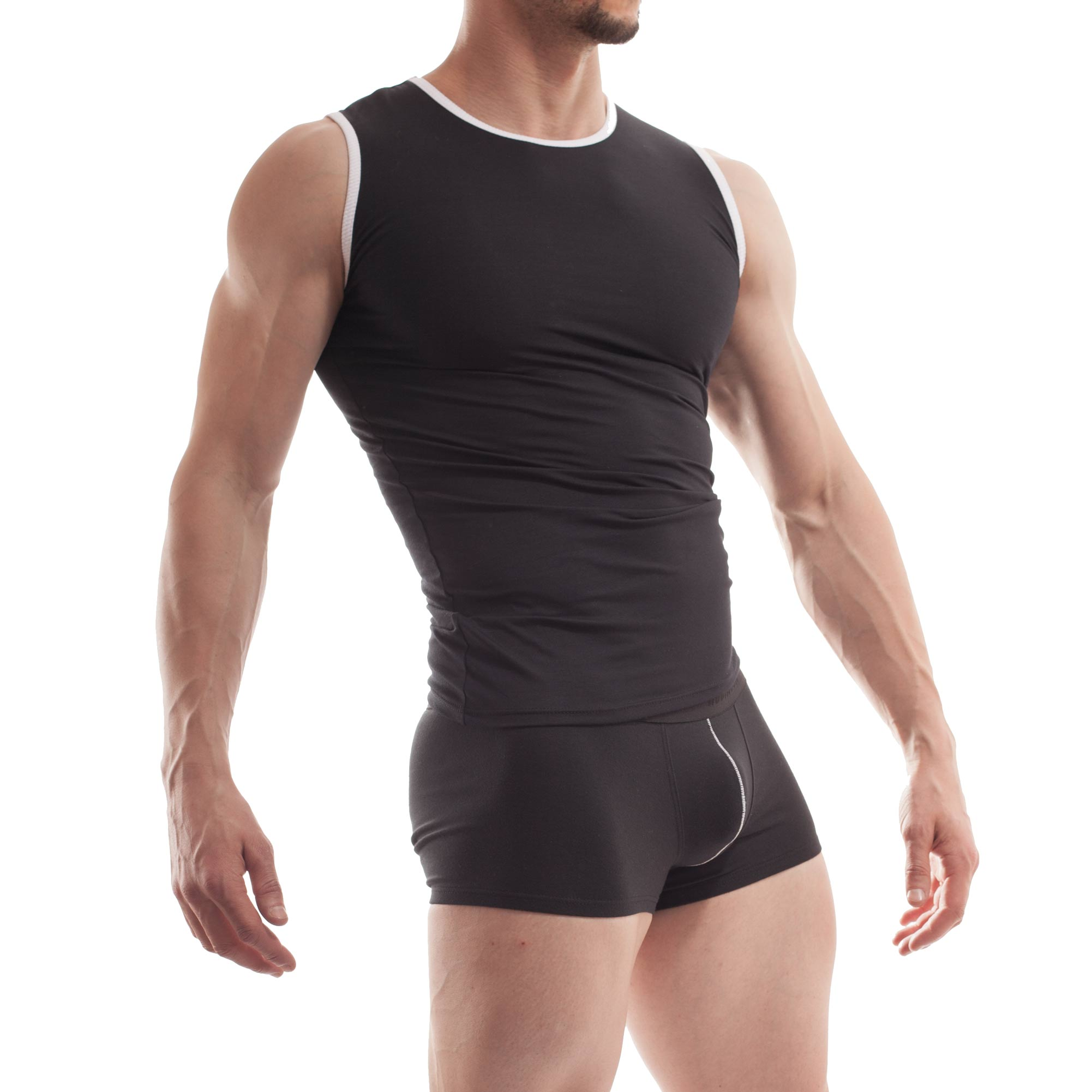 Das Baumwoll Shirt 338TXX wird immer frisch auf Bestellung produziert und gehört damit in die WOJOER LIVE-Kategorie. Größen Erhältlich in den Größen S, M, L, XL Materialzusammensetzung 95% Baumwolle, 5% Elasthan  Besonderheiten LIVE-Produkt | atmungsaktiv | nimmt viel Feuchtigkeit auf | angenehm weich | bequeme,…