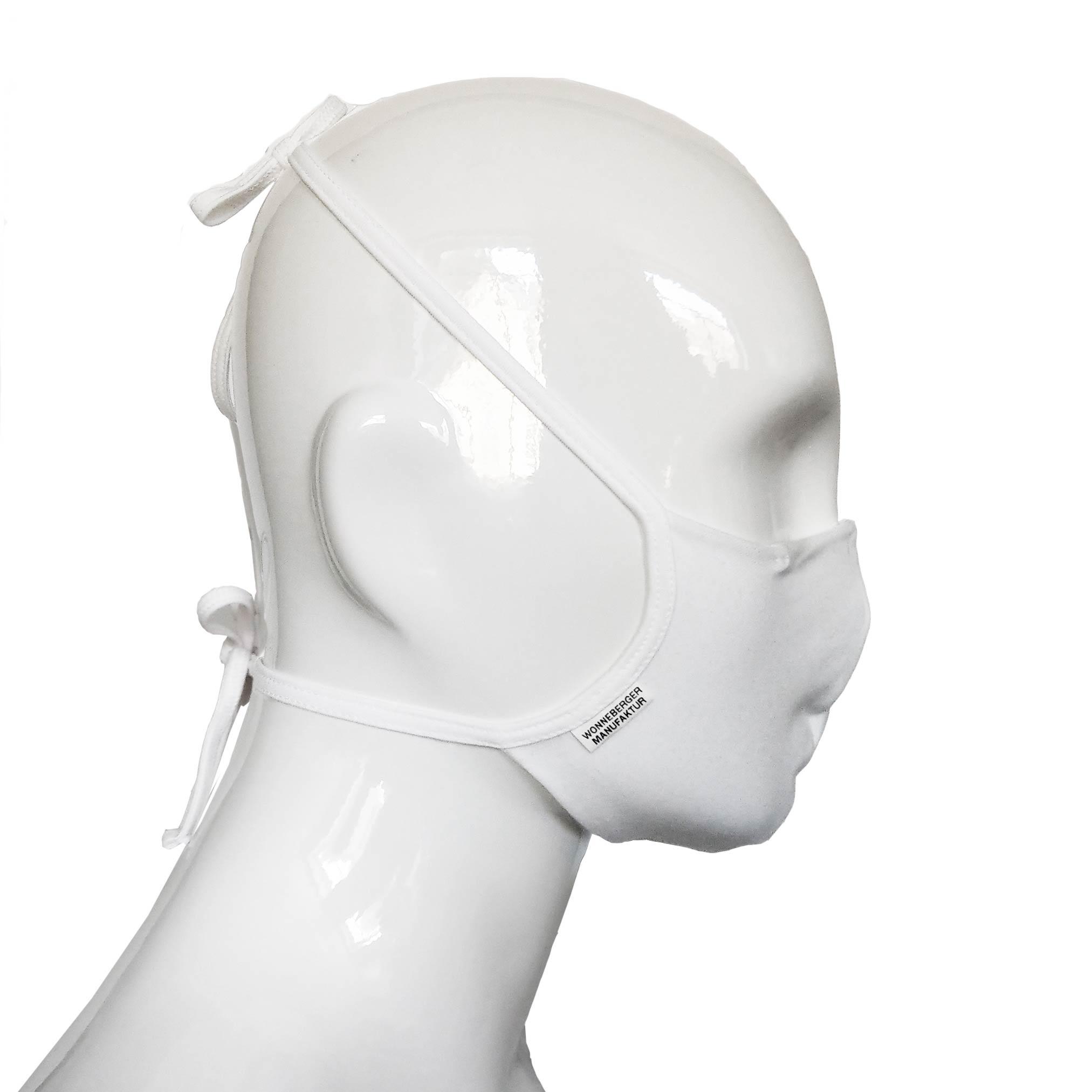 Die Baumwoll Mund-Nasen Maske BWM4 von der Wonneberger Manufaktur ist eine textile Behelfsmaske, kein zertifizierter Mundschutz.  Sie schützt nur bedingt vor Ansteckung. Ihr eigentlicher Zweck ist es, den Atem des Trägers zu filtern und dadurch seine Umgebung zu schützen.  Daher muss die…